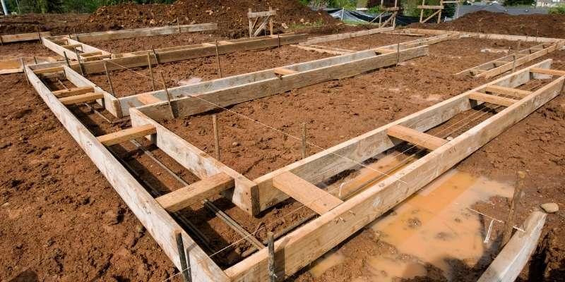 Cómo preparar el suelo para una caseta de jardín