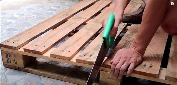 Cómo construir un macetero con palets. Paso 1