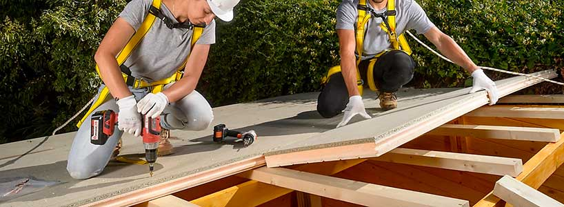 Impermeabilizar el tejado de una caseta de jardín